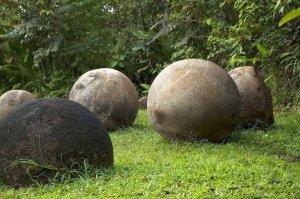 costa-rica-stone-spheres-768x511