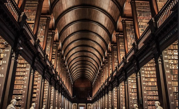 trinity-college-long-room-library-dublin-2