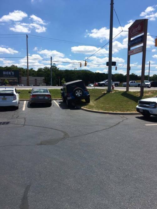 From Chillicothe, Ohio, here's your Asshat of the Day! No time to park properly when you're in a hurry to scarf down that Chipotle Burrito Bowl! Thanks to Asshat Patrol member Derek Miller for today's asshat!