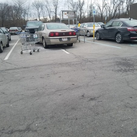From Grove City, Ohio, here's your 334th Asshat of the Day! Asshat needs a shopping cart to the car door, man! Thanks to Asshat Patrol member Cassandra Shoemaker for busting this asshat!
