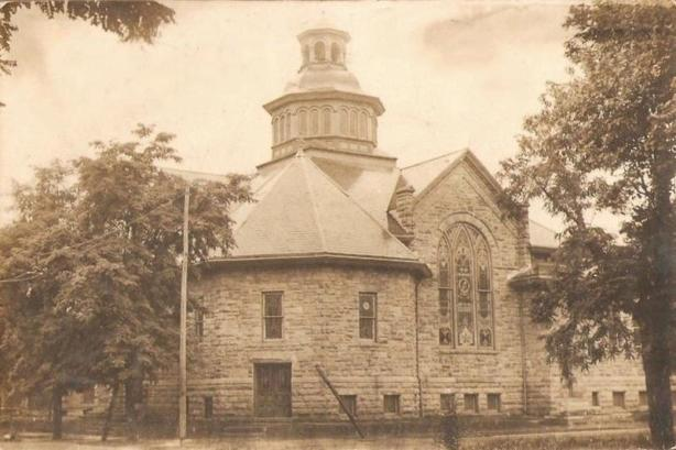 BainbridgeChurch1910