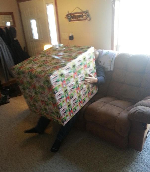 funny-christmas-gifts-102-58610830621b2__605