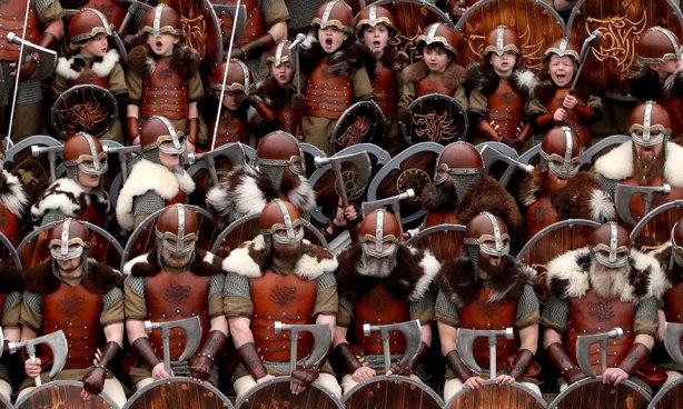 vikings-up-helly-aa-festival-shetland-scotland-1