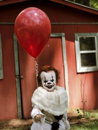 clown-child-photoshoot-movie-it-pennywise-eagan-tilghman-19