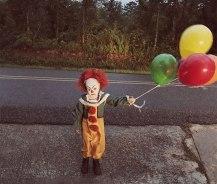 clown-child-photoshoot-movie-it-pennywise-eagan-tilghman-28