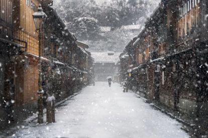 beautiful-winter-photos-naagaoshi-japan-14-5a55c93eaee39__880