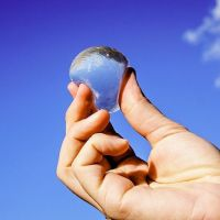edible-water-bubble-skipping-rocks-lab-1-58ee297ad3917__700