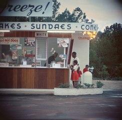 usa-vintage-50s-color-photography-15-5a82ff41109e1__700