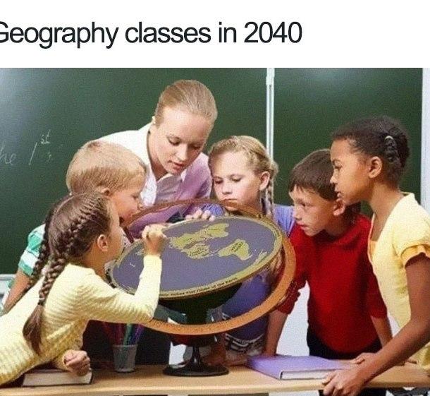 flat-earth-funny-memes-25-5b324ed04bd62__700