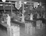 Check out these babes from 1945 just waiting to check you out. Looks like a Twilight Zone episode. And is it me or does that place look filthy?