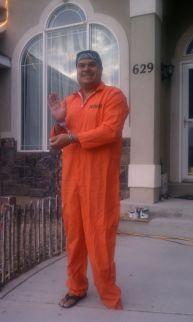 dad-waves-at-school-bus-trolls-son-costumes-5b83e82ef00a4__700
