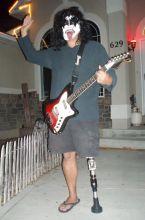 dad-waves-at-school-bus-trolls-son-costumes-5b83e84daeb2d__700