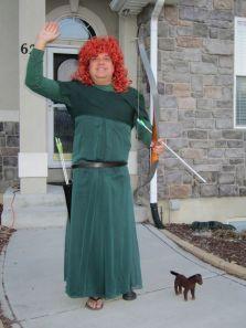 dad-waves-at-school-bus-trolls-son-costumes-5b83e9141febc__700