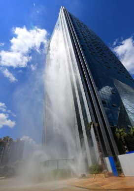 massive-artificial-waterfall-skyscraper-china-guiyang-31