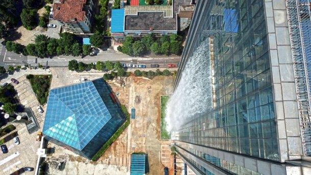 massive-artificial-waterfall-skyscraper-china-guiyang-32