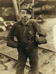 Jimmy Tipple, didn't know his age. Turkey Knob Mine, MacDonald, WV.