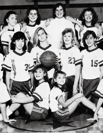 Aww. Look at Reese Witherspoon.